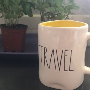 Travel Rae Dunn mug